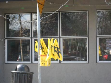 Pedestrian Safety Flags in KirklandWashington